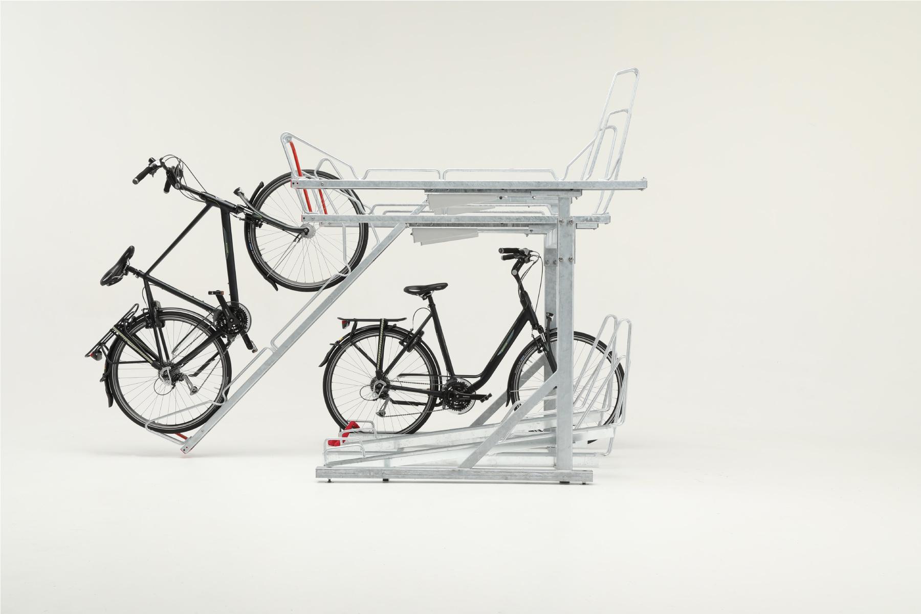 Cyklos OPTIMA kaksikerros pyöräteline. 2-kerros teline runkolukituksella kuumasinkittynä tai maalattuna, kuva sivulta
