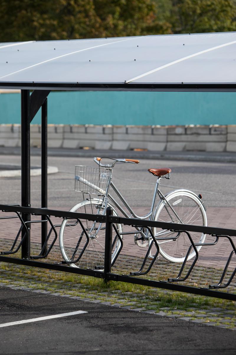 Pyöräkatos Kauppakeskus Saari