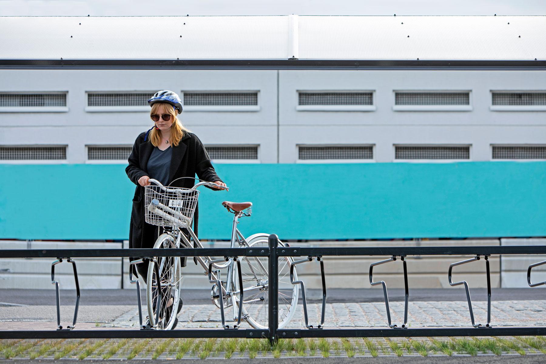 Cykeltak och cykelställ från Cyklos